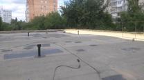Гидроизоляция крыши магазина - Устанавливаем кровельные аэраторы